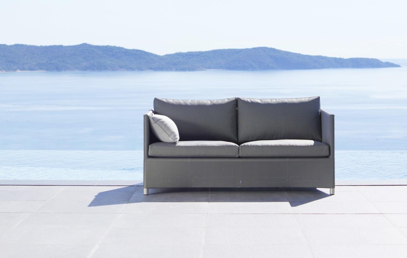 Diamond outdoor sofa iq outdoor living for Sofa exterior
