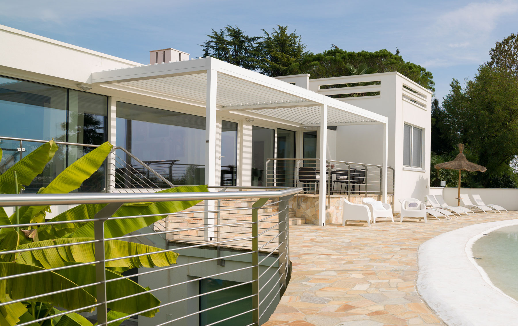 Maximise the Use of Your Garden with an Automated Patio ... on Vision Outdoor Living id=29844