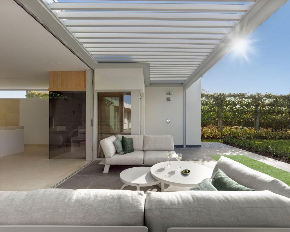 Aluminium Garden Shelter